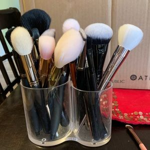 Assortment of gently used makeup brushes